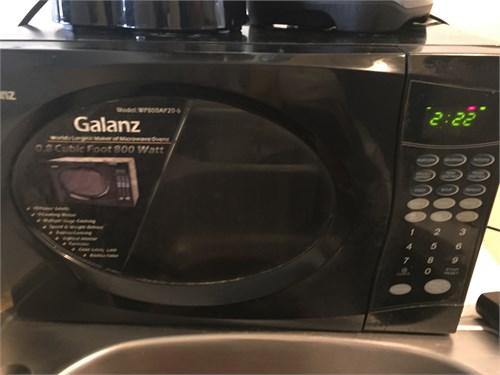 MICROWAVE GALANZ 800 W!