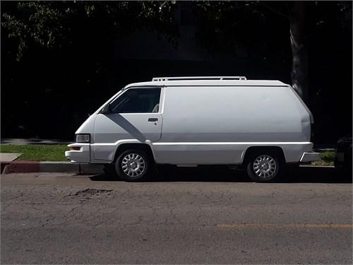 1986 Toyota Cargo van