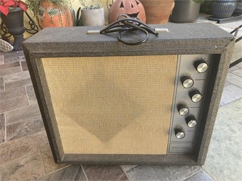 Silvertone vintage Amp