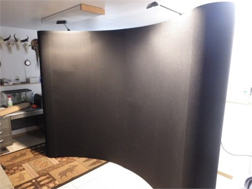 10' Curved Display Show