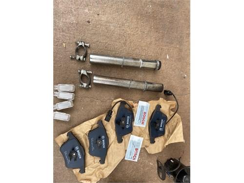 Car parts (box)