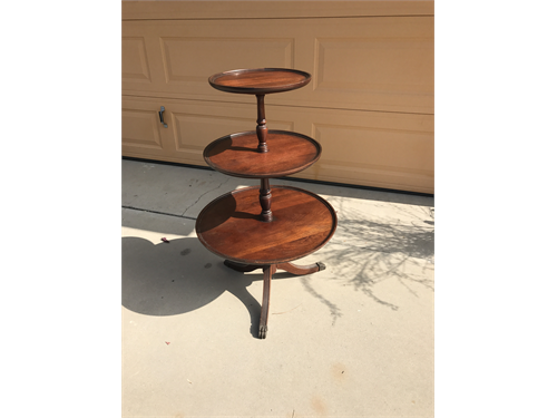 Antique 3Tier round table