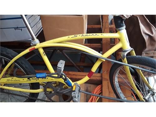 Schwinn Sting-Ray, bicycl