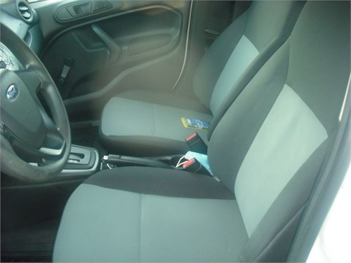 2016 Ford  Fiesta 58k