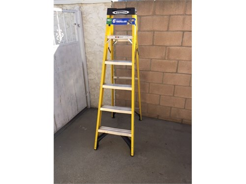 Werner ladder 6 feet