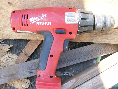 MILWAUKEE DRIVER/DRILL