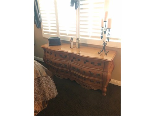 WANTED:Bedroom furniture