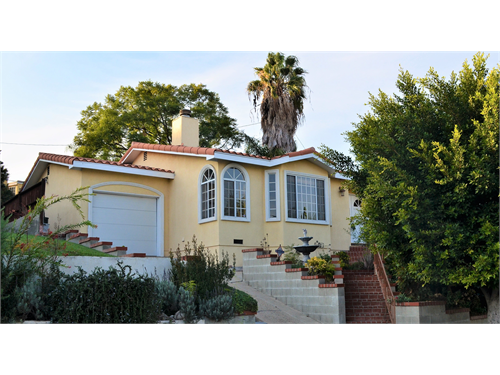 Attractive Home in RPV!