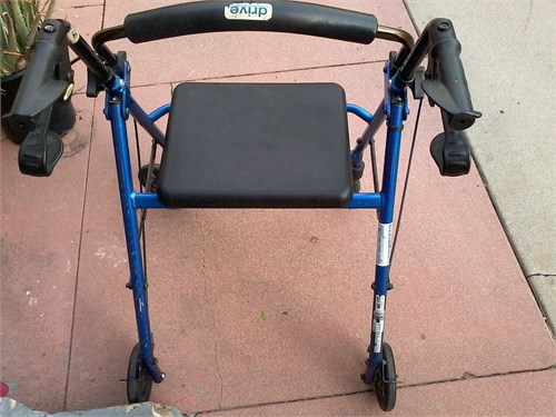 Drive walker with brakes