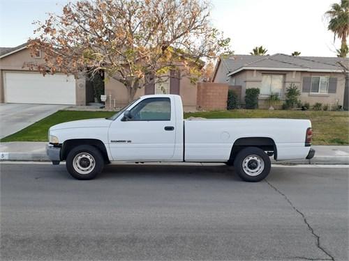 Dodge Ram 1500 V6 Longbed