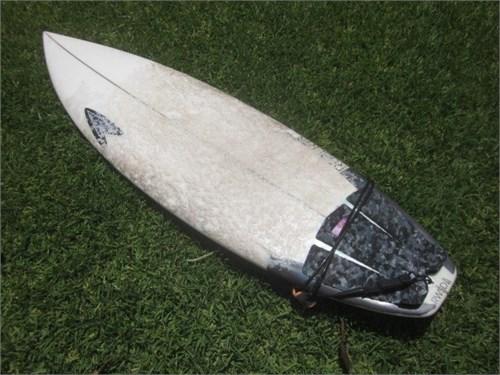 """Surfboard Tri Fin  5' 8"""""""