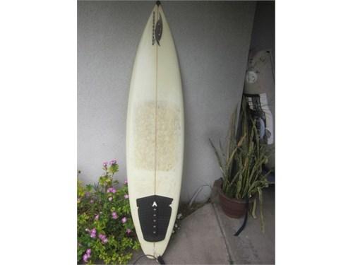 """Gypsy 6' 5"""" Surfboard tri"""