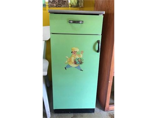 midcen 50' metal cabinet