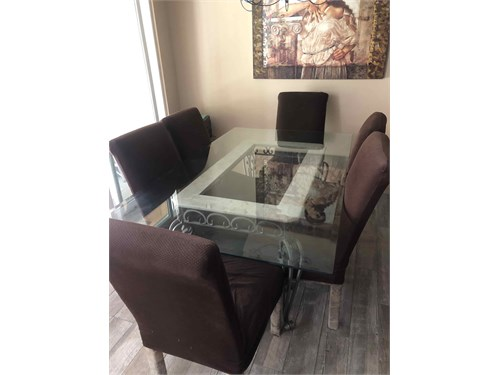 Dining room table 6 seat