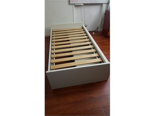Ikea Twin Bed w storage