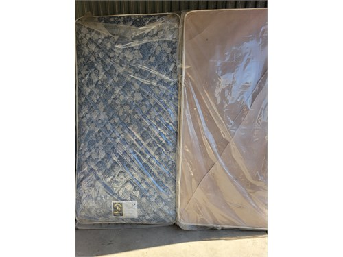 Twin mattress and Box Spr