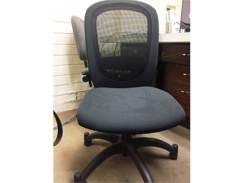swifle chair grey color