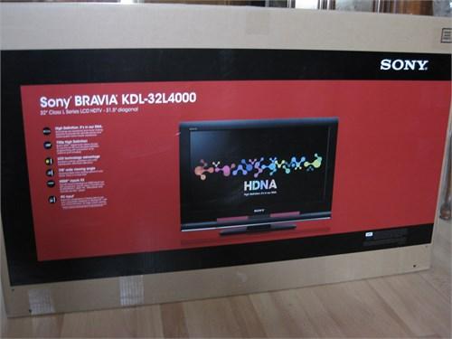 Sony Bravia 32in LCD HDTV