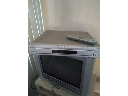 SONY 5 DVD PLAYER