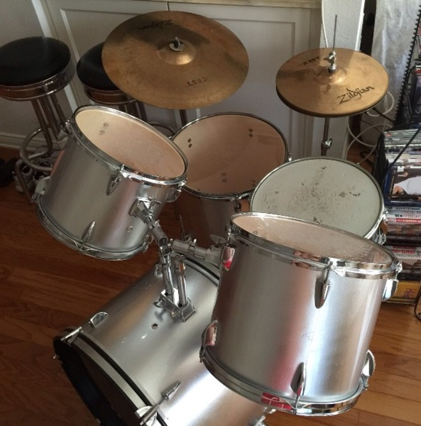 7 piece Tama Drum set with Zildjian symbols